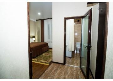 Делюкс 2-местный с балконом | Отель Таурух Домбай